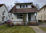 Foreclosed Home en CHELTON RD, Cleveland, OH - 44120
