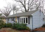Foreclosed Home en CLIFTON PL, Norwich, CT - 06360
