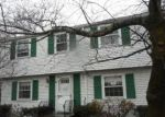 Foreclosed Home en WOODLEY AVE, West Roxbury, MA - 02132