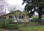 Foreclosed Home en SE 80TH AVE, Portland, OR - 97206