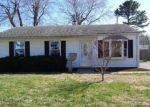 Foreclosed Home en SUNBURY AVE, Granite City, IL - 62040