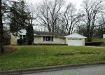 Foreclosed Home en CLOVER AVE, Rockford, IL - 61102