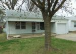 Foreclosed Home en N OLIVER AVE, Wichita, KS - 67208