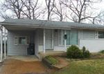 Foreclosed Home in LAKESIDE DR, Ballwin, MO - 63021