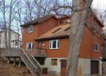 Foreclosed Home en CRESTWOOD DR, East Stroudsburg, PA - 18301