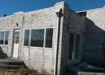 Foreclosed Home in PARKWAY DR, Baldwin, NY - 11510