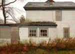 Foreclosed Home en UNION AVE, Riverhead, NY - 11901