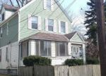 Foreclosed Home en E 61ST ST, Cleveland, OH - 44127
