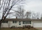 Foreclosed Home en LANIER AVE, Strongsville, OH - 44136
