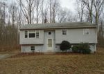 Foreclosed Home en WOODS RD, Mansfield Center, CT - 06250