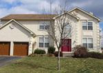 Foreclosed Home en RUSHFOIL DR, Williamstown, NJ - 08094