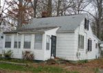 Foreclosed Home in BARKSDALE RD, Newark, DE - 19711