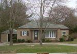 Foreclosed Home en N BURLINGTON RD, Bridgeton, NJ - 08302