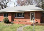 Foreclosed Home en JOHN ST, Ashland, VA - 23005