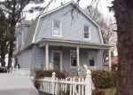 Foreclosed Home en RUNYON AVE, Middlesex, NJ - 08846