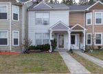 Foreclosed Home en HEATHER WAY, Yorktown, VA - 23693