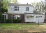 Foreclosed Home en S JOHNSTONE AVE, Bartlesville, OK - 74003