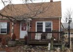 Foreclosed Home en E 327TH ST, Eastlake, OH - 44095