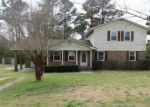 Foreclosed Home in HALF MOON RD, New Bern, NC - 28560