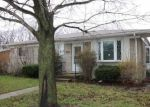 Foreclosed Home en MASONIC BLVD, Roseville, MI - 48066