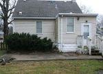 Foreclosed Home en LOCUST ST, Lansing, IL - 60438