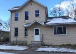 Foreclosed Home en W GROVE ST, Bloomington, IL - 61701