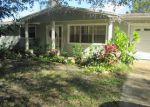 Foreclosed Home en NW 30TH AVE, Okeechobee, FL - 34972