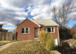 Foreclosed Home en CRICKET DR, Meriden, CT - 06450