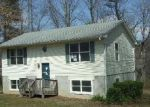 Foreclosed Home en LAUREL TERRACE CT, Mills River, NC - 28759