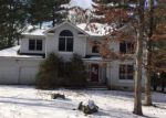 Foreclosed Home en HILLTOP CIR, East Stroudsburg, PA - 18301