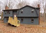 Foreclosed Home en WELLSWOOD RD, Amston, CT - 06231