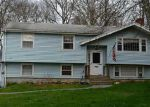 Foreclosed Home en STAR AVE, Woonsocket, RI - 02895