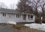 Foreclosed Home en UNION ST, Manchester, CT - 06042