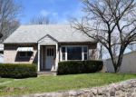 Foreclosed Home en BOYERTOWN PIKE, Douglassville, PA - 19518