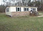 Foreclosed Home en FORKSVILLE RD, La Crosse, VA - 23950