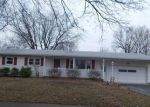 Foreclosed Home en FLEETWOOD DR, Rochester, NY - 14609