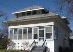 Foreclosed Home en STRATHMORE RD, Lansing, MI - 48910