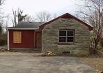 Foreclosed Home en MAPLE RD, Louisville, KY - 40229