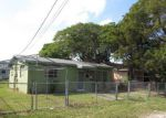 Foreclosed Home en FROW AVE, Miami, FL - 33133