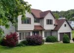 Foreclosed Home en VALLEY VIEW DR, Duncansville, PA - 16635