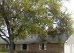 Foreclosed Home en FM 665, Alice, TX - 78332