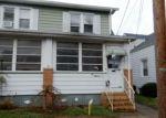 Foreclosed Home en E HOWELL ST, Trenton, NJ - 08610