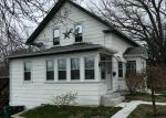 Foreclosed Home en KNIGHT ST, Woonsocket, RI - 02895