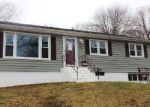 Foreclosed Home en DANIEL RD, West Haven, CT - 06516