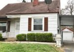 Foreclosed Home en WURTELE AVE, Louisville, KY - 40208