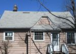 Foreclosed Home en AMMON RD, Cleveland, OH - 44143