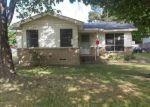 Foreclosed Home en E SIMONDS RD, Seagoville, TX - 75159