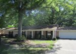 Foreclosed Home en MILES DR, Longview, TX - 75605