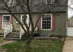 Foreclosed Home en E PINE ST, Fremont, MI - 49412
