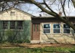 Foreclosed Home en N WALNUT ST, Coatesville, PA - 19320